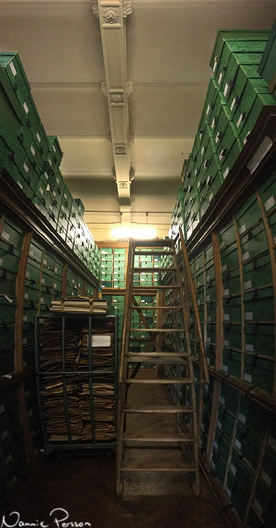 Fick ta till panoramafunktionen på telefonen för att få med alla lådor på muséet.